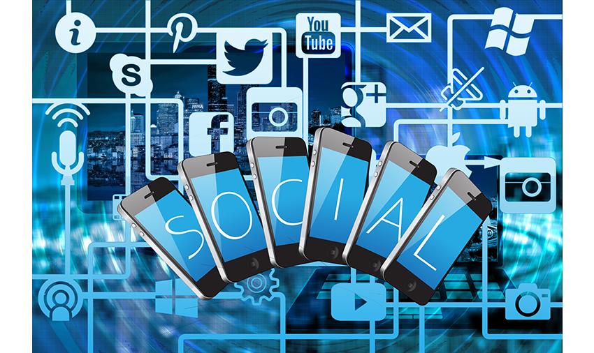 سوشل میڈیا کے فوائد و نقصانات اور صحیح استعمال