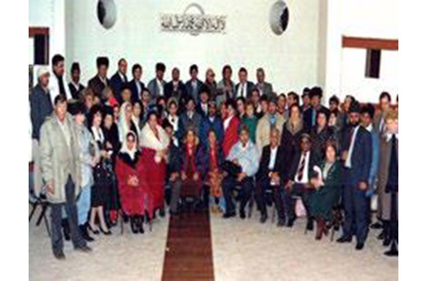 جماعت احمدیہ گلاسگو اسکاٹ لینڈ کی تبلیغ سے قازقستان روس میں احمدیت کا آغاز ہوا